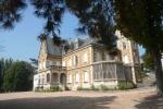 Château Grammont à Pont-de-Chéruy.jpg
